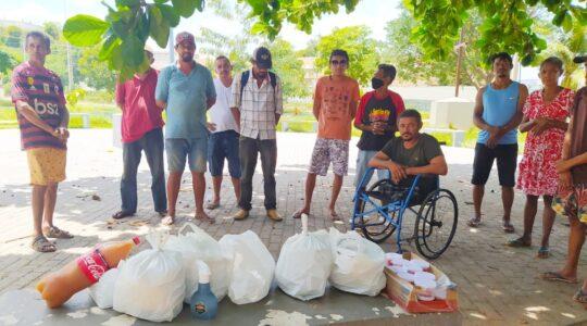 Pão em todas as mesas: Na Páscoa, Irmãs distribuem quentinhas para pessoas em situação de rua no Piauí