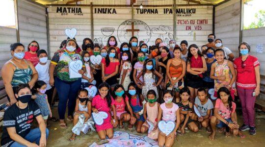 Manaus/AM: Irmãs promovem ação de solidariedade e de prevenção ao Tráfico de Pessoas na Ocupação Kulina